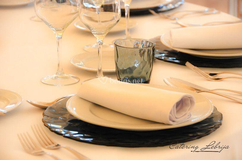 Detalle mesas Catering Lebrija