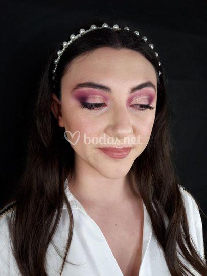 Maquillaje de novia en tonos rosa