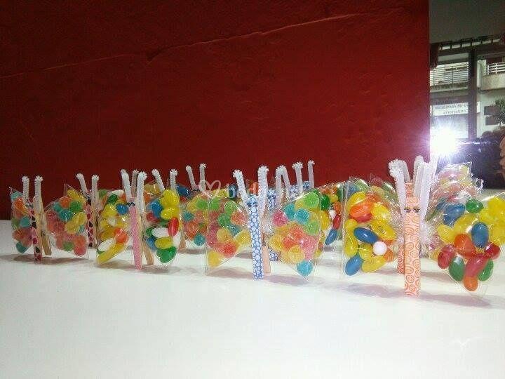 Mariposas con gominolas