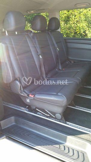 Interior trasero minivan