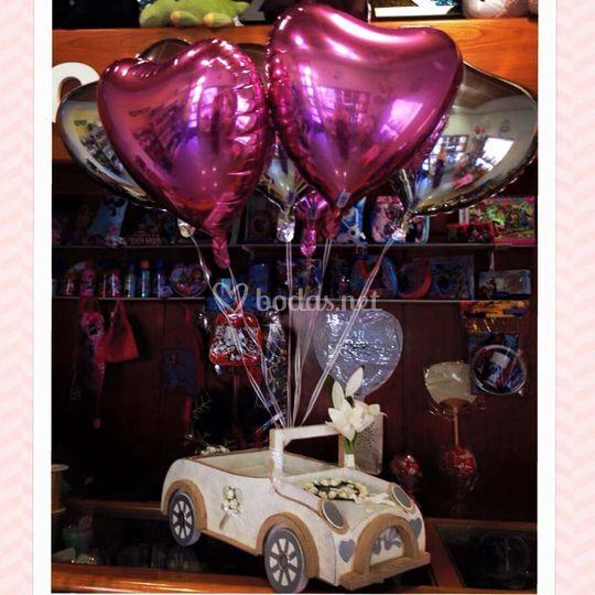 Coche boda con globos de helio