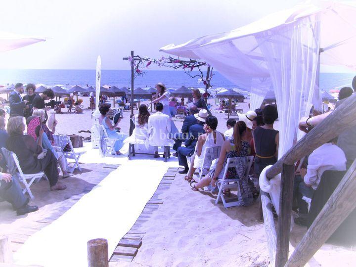 Bodas al aire libre, playa