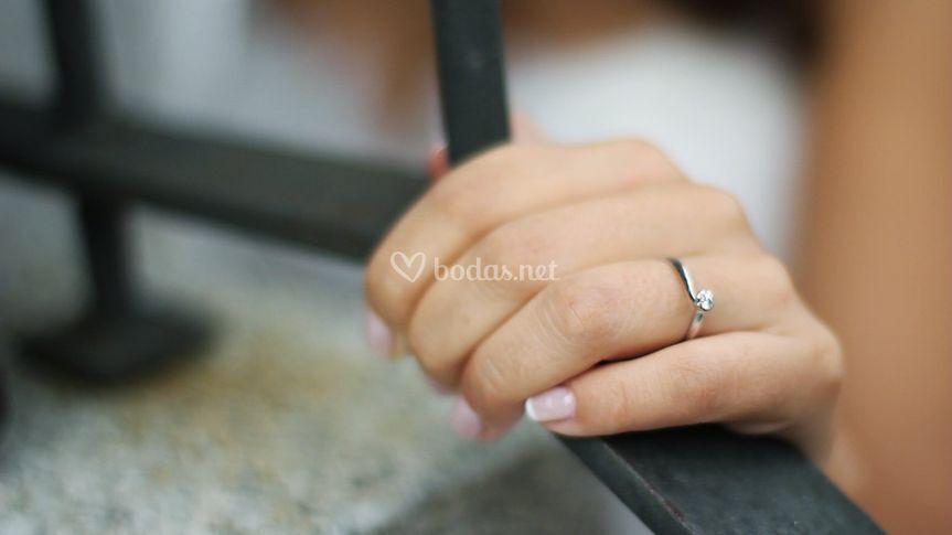 Detalle del anillo de pedida