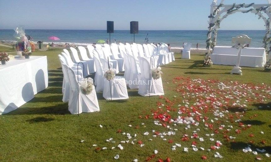 Florister a los geranios for Decoracion ceremonia civil