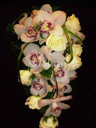 Ramos de rosa y orquidea