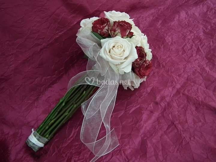 Elegante ramo de novia