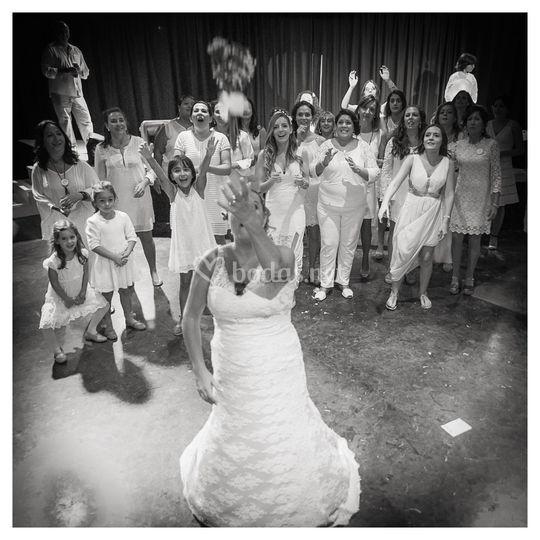 Actuación durante la boda