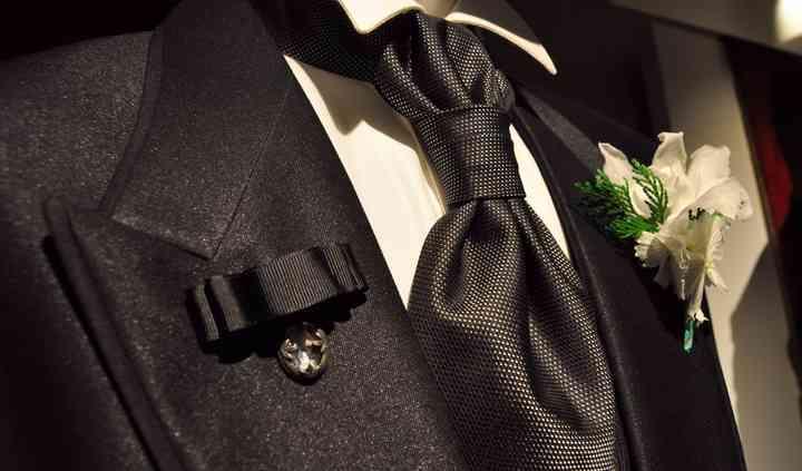 Traje con corbata
