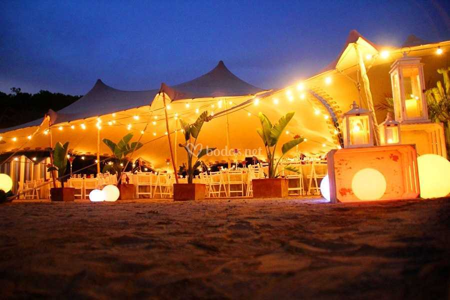 Beduina playa noche
