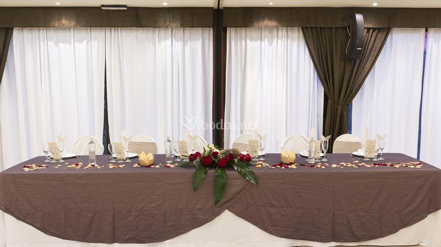 Restaurante, mesa presidencial