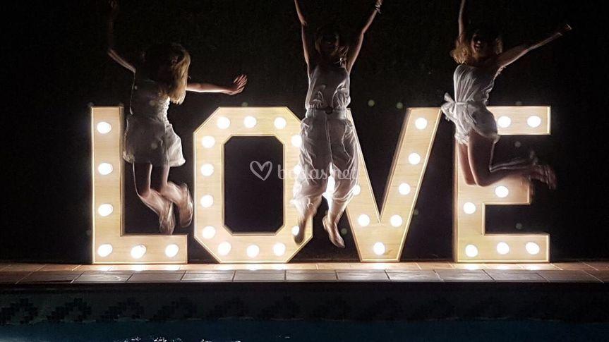 Love xl iluminado