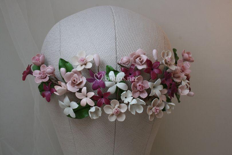Tocado de 22 cm de flores porcelana