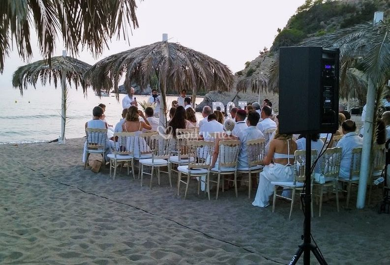 Ceremonia en Tropicana beach