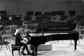 Ana Martínez Pianista