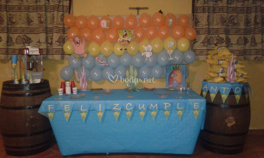 Mesa buffet para cumpleaños