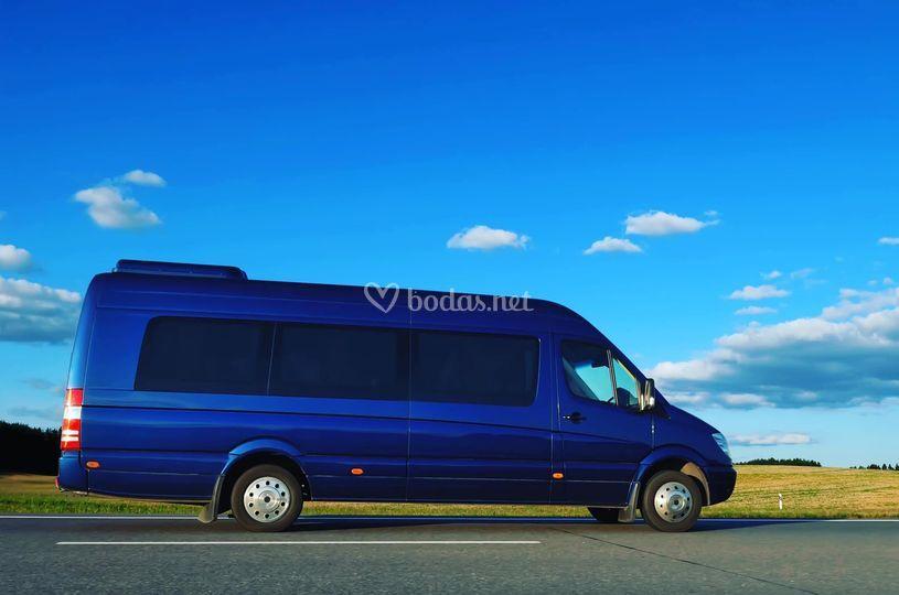 Minibuses Noa