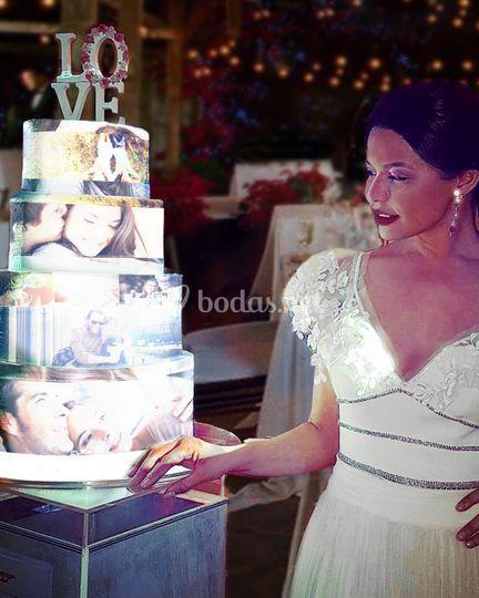 Novia junto a su CakeMapping