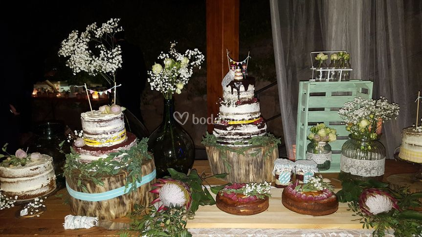 Wedding cakes ext.