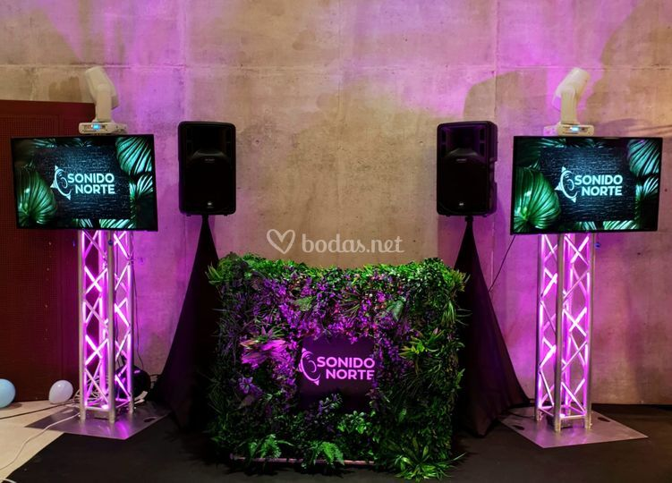 Stand de DJ Tropical