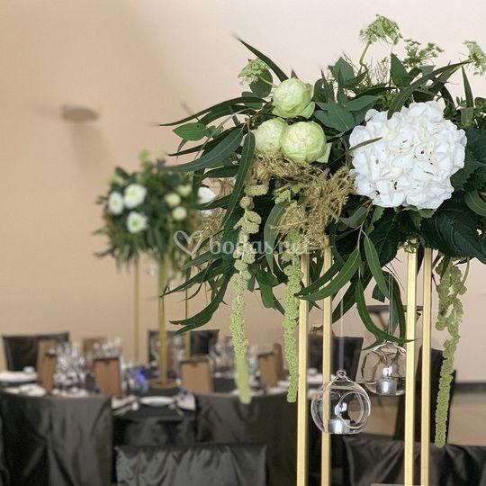 Centro floral de banquete