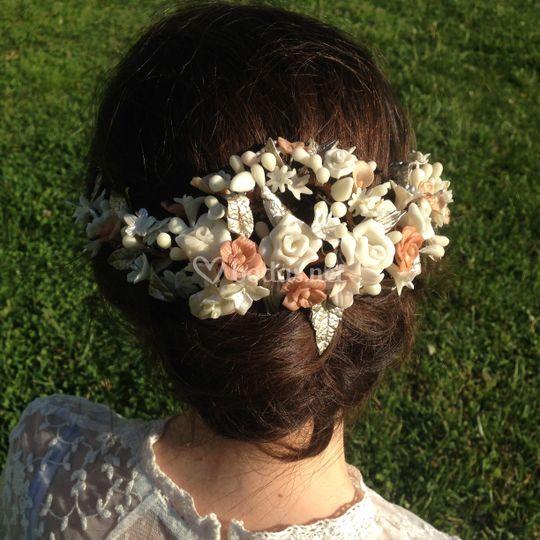 Tiara con flores