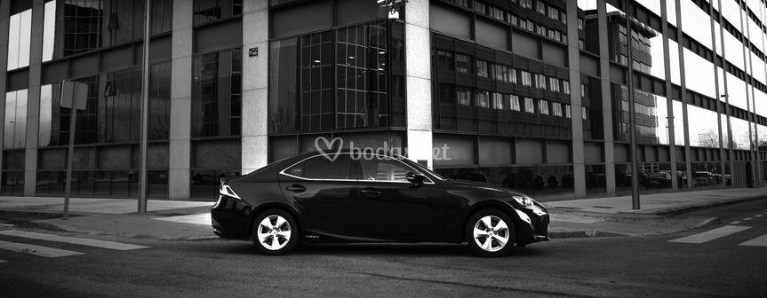Berlina Lexus IS300h