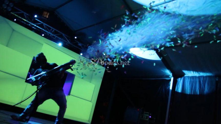 Pistola de humo con confeti