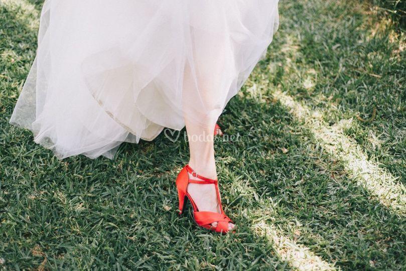 María Juárez - Zapatos rojos