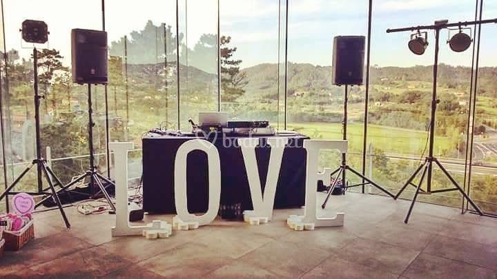 Zona DJ en Azurmendi