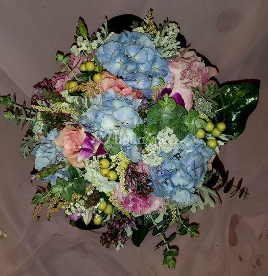 Bouquet en varias tonalidades