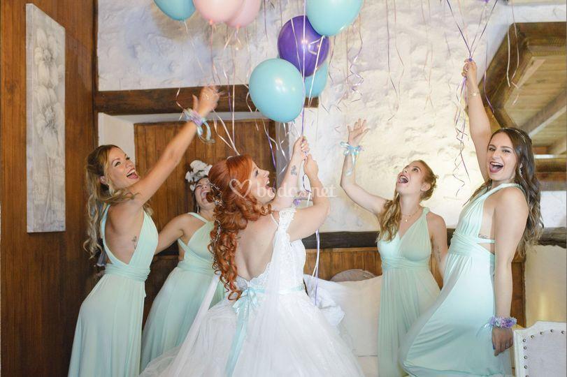 Preparativos de novia con damas