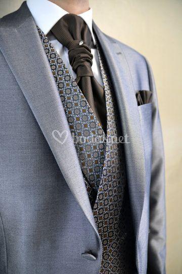 Combinación de traje gris