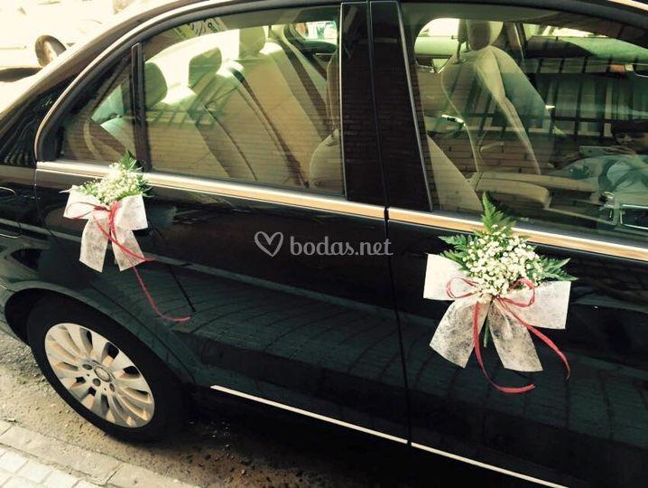 Ideas para decorar el coche de los novios :: Decoración