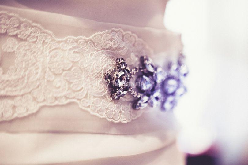 El broche de la novia