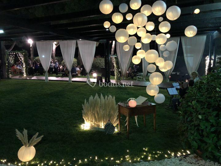 Jardín de noche personalizado