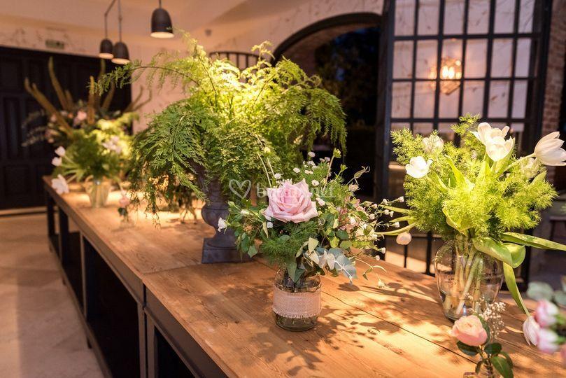 Decoración floral del banquete