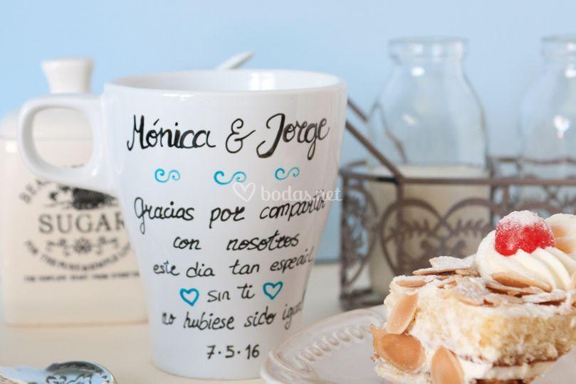 Taza personalizable para bodas