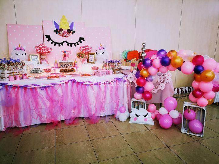 Mesa dulce unicornio bautizo