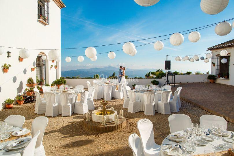 Banquete en patio andaluz