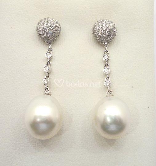 Pendientes perla austra y brillantes
