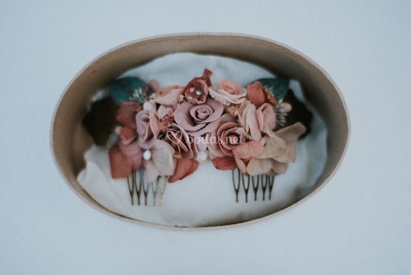 Tocado porcelana