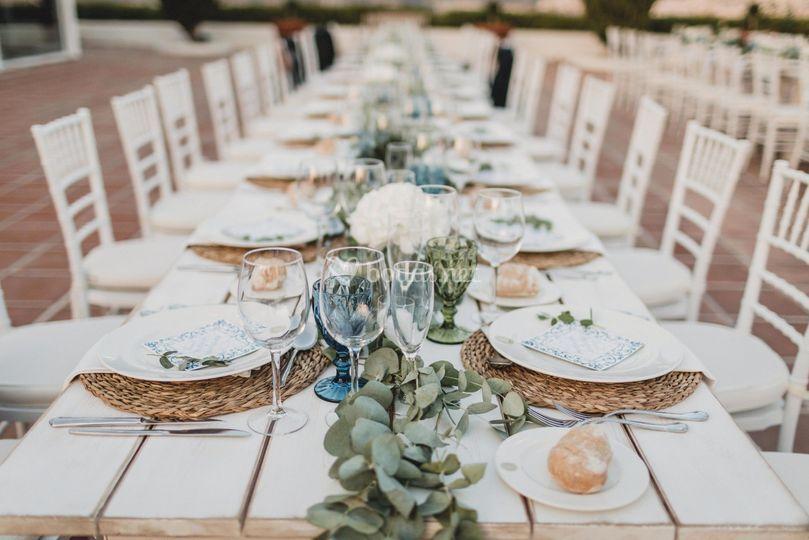 Mesa blanca banquete
