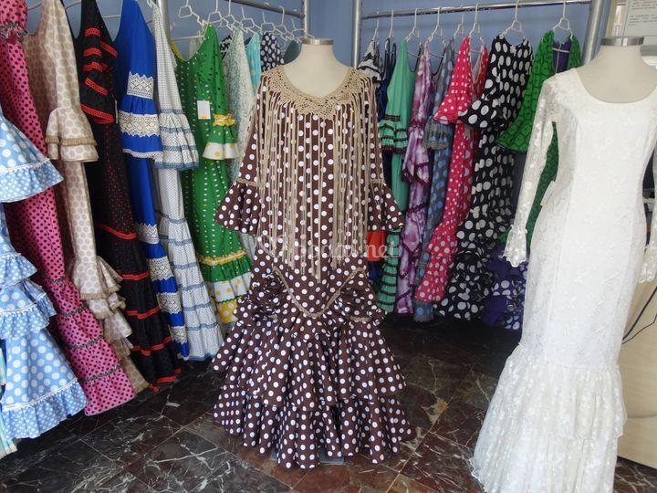 Traje de novia de estilo flamenco
