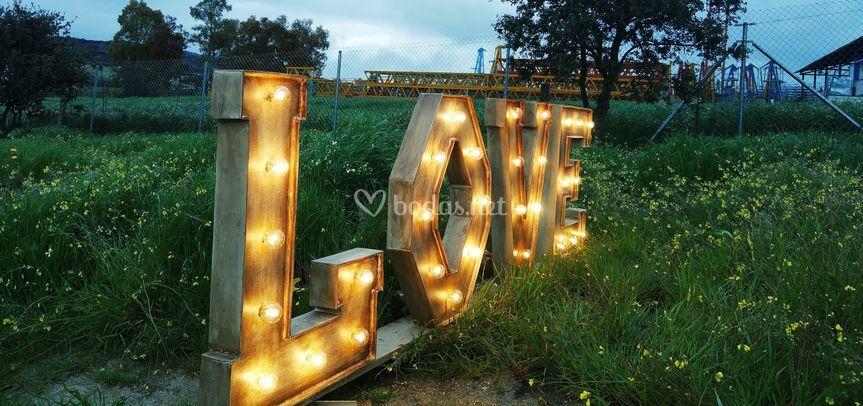 LOVE expresa lo que sientes