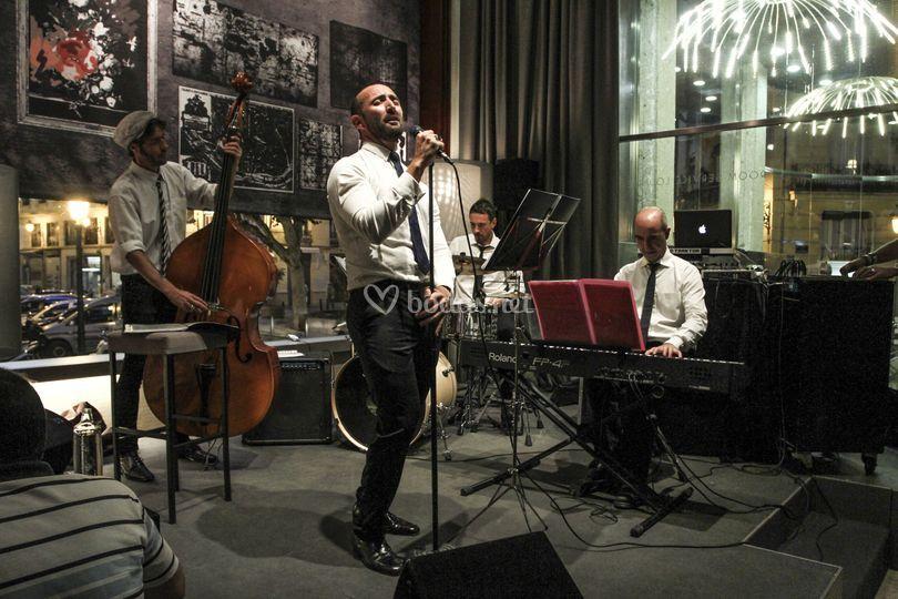 Actuación en Hotel Astoria