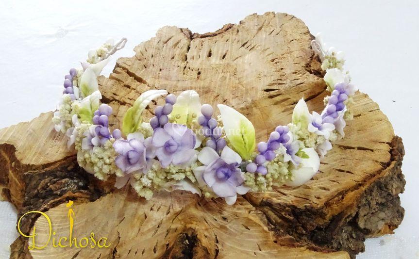 Porcelana y flores preservadas