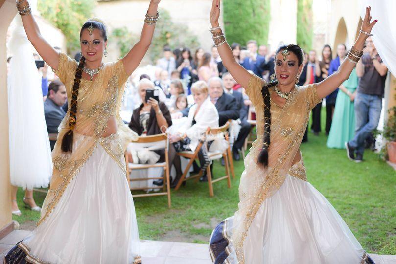 Essències d'Orient - Bollywood·Danza Oriental