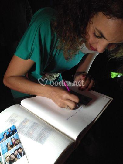 Libro de firmas colorido
