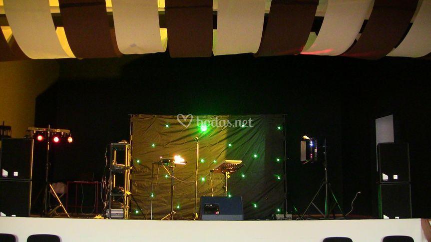 En escenario