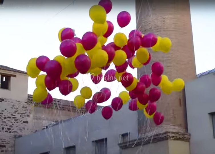 Suelta de globos de helio